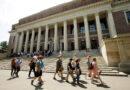 Más de 200 escuelas, 17 estados apoyan demandas contra Trump por el gobierno de los estudiantes internacionales