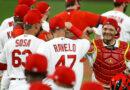El brote COVID 19 de los Cardinals no detendrá la temporada de MLB, pero se requiere una llamada de atención