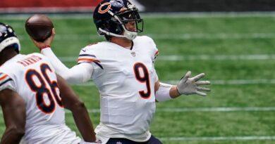 Nick Foles, nuevo titular de los Chicago Bears en QB;  Tarik Cohen rompió ACL