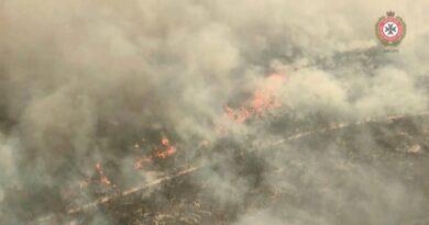 La temporada de incendios forestales en Australia comienza temprano cuando se quema la isla Fraser