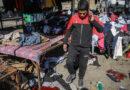 Decenas de personas murieron cuando dos bombas suicidas irrumpieron en el mercado de Bagdad.