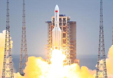 Los restos de misiles chinos de Long March-5B están regresando a la Tierra, y los científicos no están seguros de dónde aterrizarán